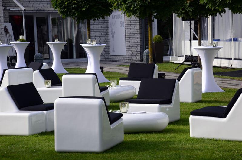 hochwertige weisse fiberglas lounge. Black Bedroom Furniture Sets. Home Design Ideas