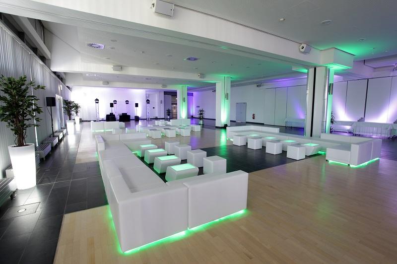Lounge LED beleuchtet